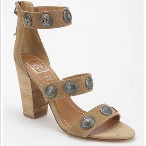 Dolce Vita x Vanessa Mooney 'Monty' Sandals